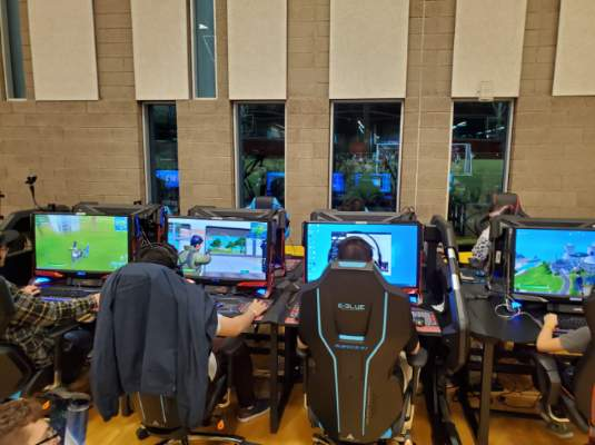 OPINION: 5 Reasons You Should Be into Esports